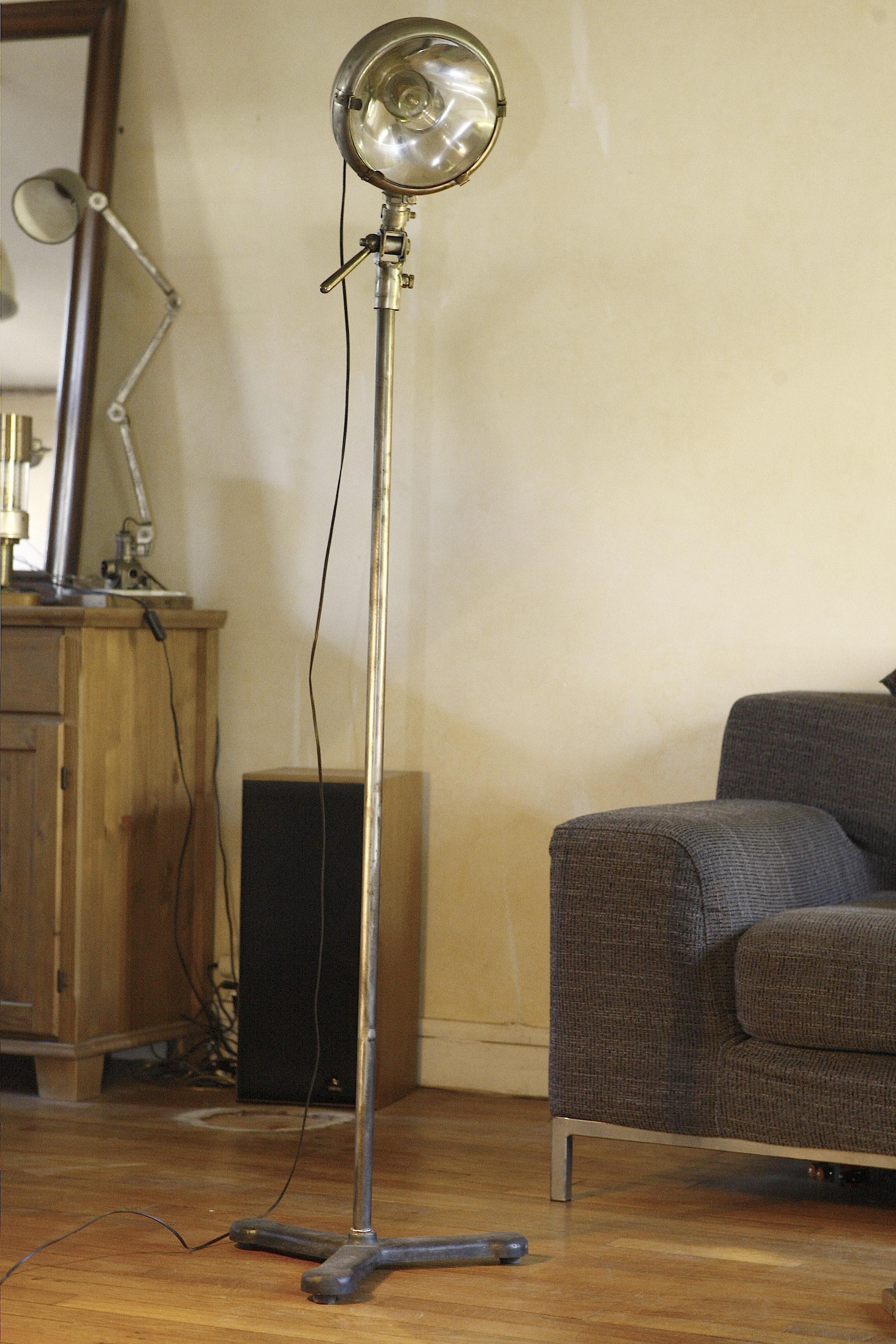 fdeco agencement un atelier d esprit industriel. Black Bedroom Furniture Sets. Home Design Ideas