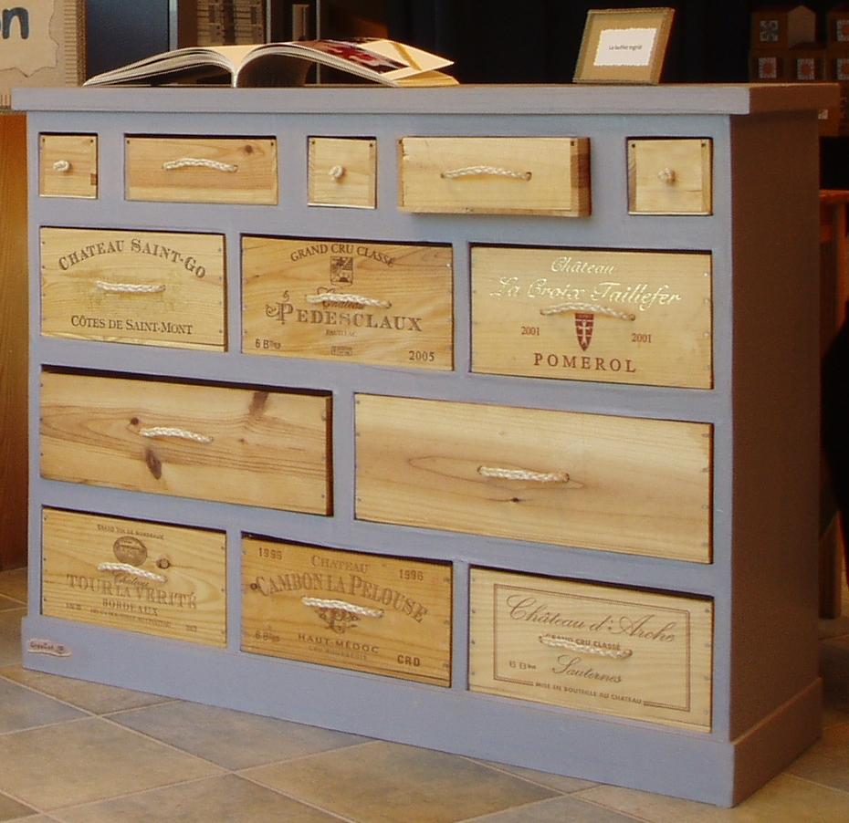 Fdeco agencement 4 id es m langeant carton et caisses de - Caisse a vin decoration ...