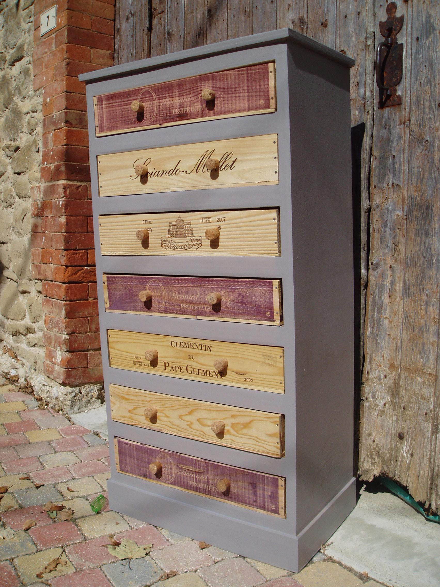 Fdeco agencement 4 id es m langeant carton et caisses de vin - Caisse de vin en bois le bon coin ...