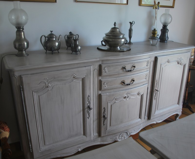 Fdeco agencement un buffet enfilade repeint for Repeindre un buffet