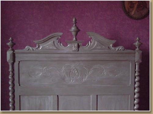 Fdeco agencement comment relooker un meuble sans d capage - Peinture meuble sans decapage ...