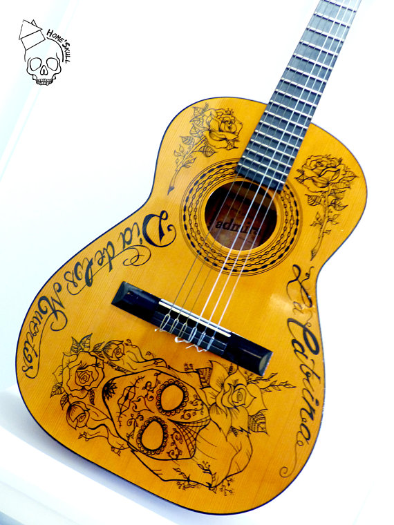 guitare-customisee-home-skull
